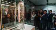 Inžinerinės įrangos ekspozicijos atidarymas priminė meninį performansą