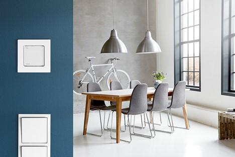 Modernus grindų šildymo  komforto valdymas tinkantis bet kuriam interjerui